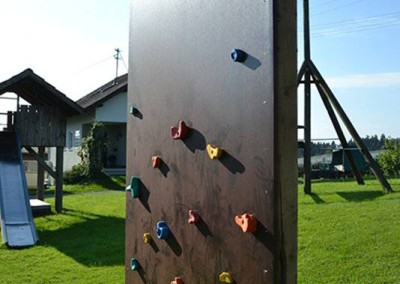Kletterwand1 - Obsthof Mainberger